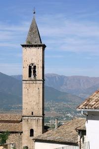 Keski-Italian vuoristomaisemaa