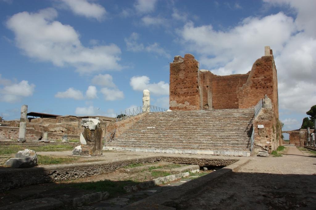 Juppiterin temppeli Ostian forumilla